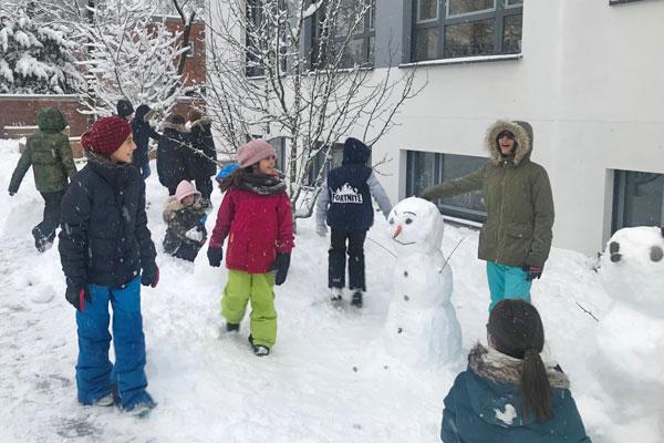 Schneemänner bauen