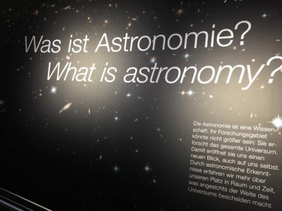 Wandertag der 6b ins Planetarium